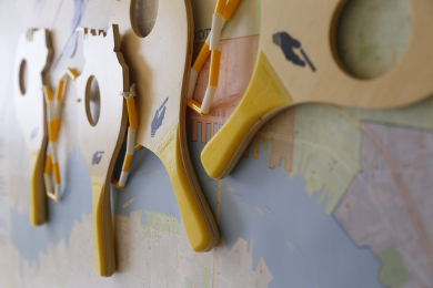 paddles and map